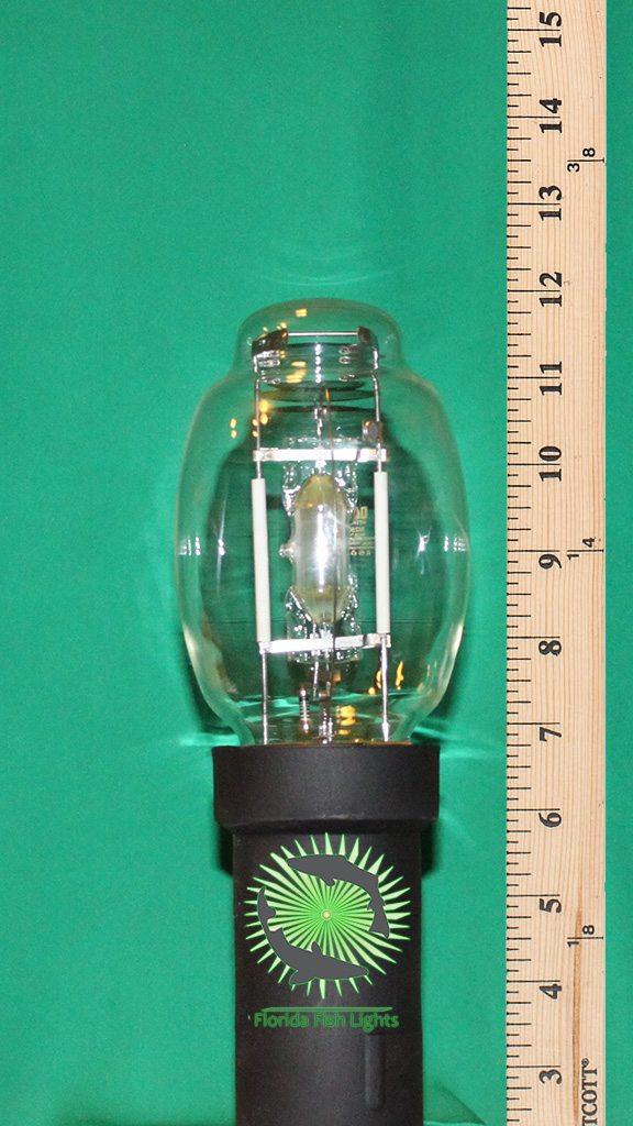 green-underwater-dock-fish-light-250-watt
